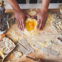 Corso di preparazione della pasta per piccoli gruppi con un Local Chef a Roma